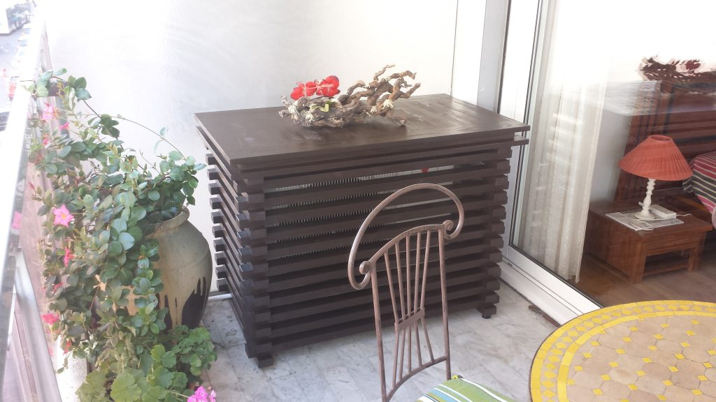 Mensa Lignea brown air conditioner cover on terrace